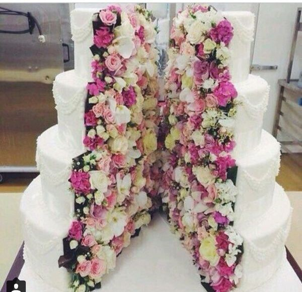 wonderful rose cake