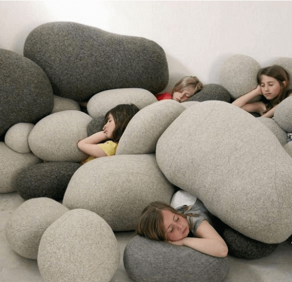 13 Pillows Creative Ideas